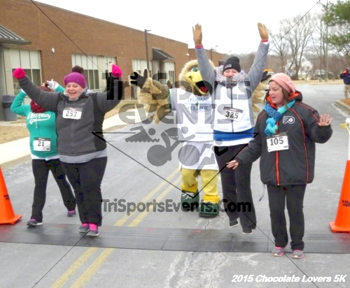 Chocolate Lovers 5k Run/Walk<br><br><br><br><a href='http://www.trisportsevents.com/pics/15_Chocolate_Lovers_5K_384.JPG' download='15_Chocolate_Lovers_5K_384.JPG'>Click here to download.</a><Br><a href='http://www.facebook.com/sharer.php?u=http:%2F%2Fwww.trisportsevents.com%2Fpics%2F15_Chocolate_Lovers_5K_384.JPG&t=Chocolate Lovers 5k Run/Walk' target='_blank'><img src='images/fb_share.png' width='100'></a>