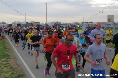 Dover Air Force Base Heritage Half Marathon & 5K<br><br><br><br><a href='http://www.trisportsevents.com/pics/15_DAFB_Half-5K_003.JPG' download='15_DAFB_Half-5K_003.JPG'>Click here to download.</a><Br><a href='http://www.facebook.com/sharer.php?u=http:%2F%2Fwww.trisportsevents.com%2Fpics%2F15_DAFB_Half-5K_003.JPG&t=Dover Air Force Base Heritage Half Marathon & 5K' target='_blank'><img src='images/fb_share.png' width='100'></a>