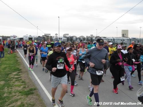 Dover Air Force Base Heritage Half Marathon & 5K<br><br><br><br><a href='http://www.trisportsevents.com/pics/15_DAFB_Half-5K_006.JPG' download='15_DAFB_Half-5K_006.JPG'>Click here to download.</a><Br><a href='http://www.facebook.com/sharer.php?u=http:%2F%2Fwww.trisportsevents.com%2Fpics%2F15_DAFB_Half-5K_006.JPG&t=Dover Air Force Base Heritage Half Marathon & 5K' target='_blank'><img src='images/fb_share.png' width='100'></a>