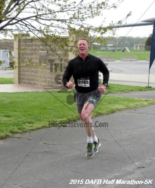 Dover Air Force Base Heritage Half Marathon & 5K<br><br><br><br><a href='http://www.trisportsevents.com/pics/15_DAFB_Half-5K_014.JPG' download='15_DAFB_Half-5K_014.JPG'>Click here to download.</a><Br><a href='http://www.facebook.com/sharer.php?u=http:%2F%2Fwww.trisportsevents.com%2Fpics%2F15_DAFB_Half-5K_014.JPG&t=Dover Air Force Base Heritage Half Marathon & 5K' target='_blank'><img src='images/fb_share.png' width='100'></a>