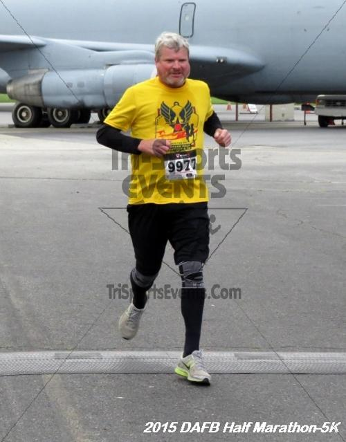 Dover Air Force Base Heritage Half Marathon & 5K<br><br><br><br><a href='http://www.trisportsevents.com/pics/15_DAFB_Half-5K_029.JPG' download='15_DAFB_Half-5K_029.JPG'>Click here to download.</a><Br><a href='http://www.facebook.com/sharer.php?u=http:%2F%2Fwww.trisportsevents.com%2Fpics%2F15_DAFB_Half-5K_029.JPG&t=Dover Air Force Base Heritage Half Marathon & 5K' target='_blank'><img src='images/fb_share.png' width='100'></a>