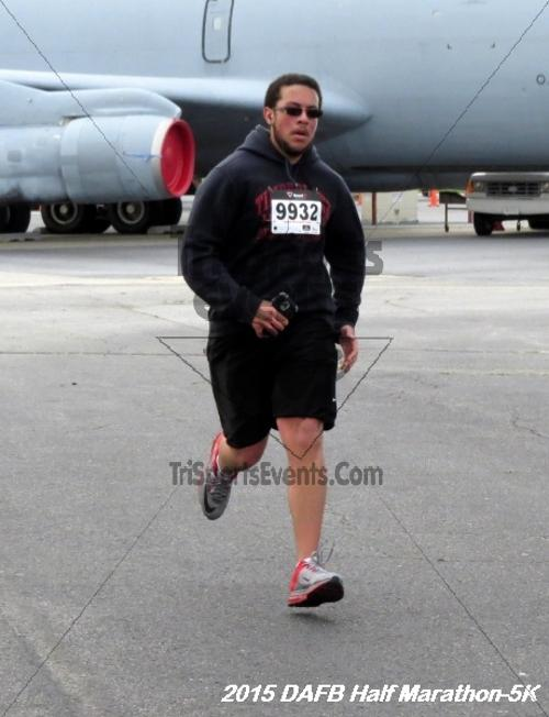Dover Air Force Base Heritage Half Marathon & 5K<br><br><br><br><a href='http://www.trisportsevents.com/pics/15_DAFB_Half-5K_038.JPG' download='15_DAFB_Half-5K_038.JPG'>Click here to download.</a><Br><a href='http://www.facebook.com/sharer.php?u=http:%2F%2Fwww.trisportsevents.com%2Fpics%2F15_DAFB_Half-5K_038.JPG&t=Dover Air Force Base Heritage Half Marathon & 5K' target='_blank'><img src='images/fb_share.png' width='100'></a>