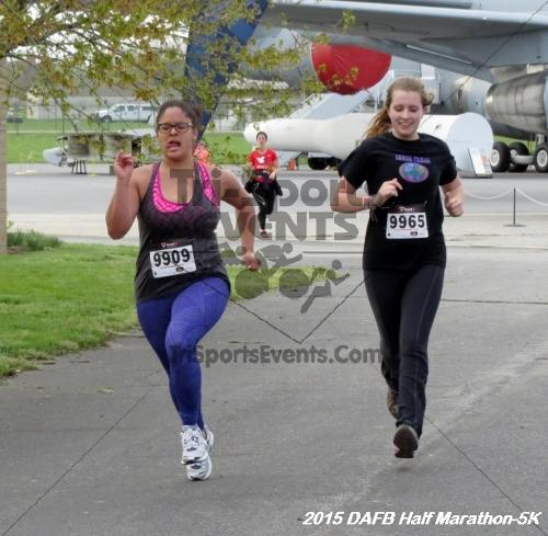 Dover Air Force Base Heritage Half Marathon & 5K<br><br><br><br><a href='http://www.trisportsevents.com/pics/15_DAFB_Half-5K_054.JPG' download='15_DAFB_Half-5K_054.JPG'>Click here to download.</a><Br><a href='http://www.facebook.com/sharer.php?u=http:%2F%2Fwww.trisportsevents.com%2Fpics%2F15_DAFB_Half-5K_054.JPG&t=Dover Air Force Base Heritage Half Marathon & 5K' target='_blank'><img src='images/fb_share.png' width='100'></a>