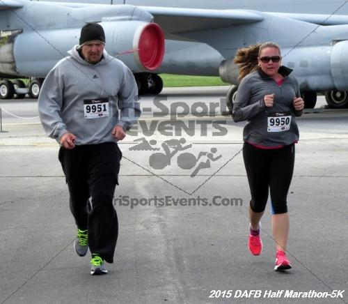 Dover Air Force Base Heritage Half Marathon & 5K<br><br><br><br><a href='http://www.trisportsevents.com/pics/15_DAFB_Half-5K_068.JPG' download='15_DAFB_Half-5K_068.JPG'>Click here to download.</a><Br><a href='http://www.facebook.com/sharer.php?u=http:%2F%2Fwww.trisportsevents.com%2Fpics%2F15_DAFB_Half-5K_068.JPG&t=Dover Air Force Base Heritage Half Marathon & 5K' target='_blank'><img src='images/fb_share.png' width='100'></a>