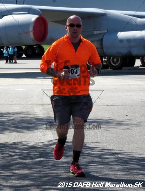 Dover Air Force Base Heritage Half Marathon & 5K<br><br><br><br><a href='http://www.trisportsevents.com/pics/15_DAFB_Half-5K_131.JPG' download='15_DAFB_Half-5K_131.JPG'>Click here to download.</a><Br><a href='http://www.facebook.com/sharer.php?u=http:%2F%2Fwww.trisportsevents.com%2Fpics%2F15_DAFB_Half-5K_131.JPG&t=Dover Air Force Base Heritage Half Marathon & 5K' target='_blank'><img src='images/fb_share.png' width='100'></a>