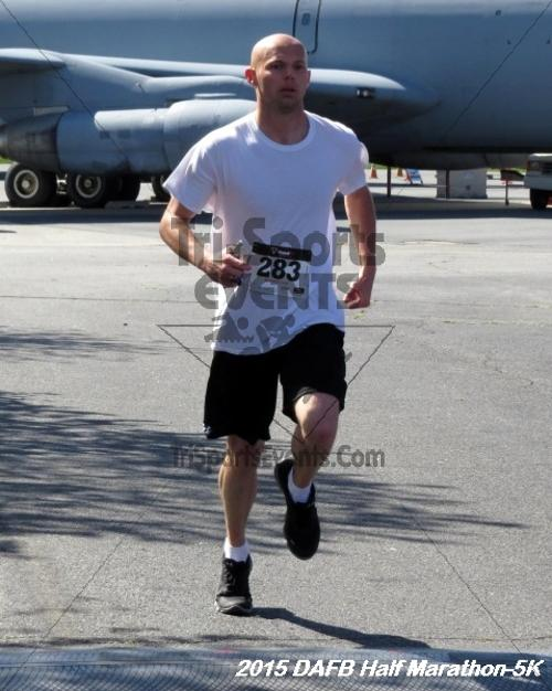 Dover Air Force Base Heritage Half Marathon & 5K<br><br><br><br><a href='http://www.trisportsevents.com/pics/15_DAFB_Half-5K_133.JPG' download='15_DAFB_Half-5K_133.JPG'>Click here to download.</a><Br><a href='http://www.facebook.com/sharer.php?u=http:%2F%2Fwww.trisportsevents.com%2Fpics%2F15_DAFB_Half-5K_133.JPG&t=Dover Air Force Base Heritage Half Marathon & 5K' target='_blank'><img src='images/fb_share.png' width='100'></a>