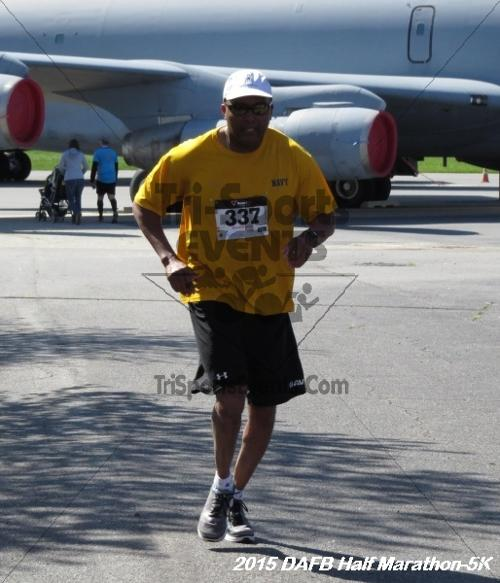 Dover Air Force Base Heritage Half Marathon & 5K<br><br><br><br><a href='http://www.trisportsevents.com/pics/15_DAFB_Half-5K_134.JPG' download='15_DAFB_Half-5K_134.JPG'>Click here to download.</a><Br><a href='http://www.facebook.com/sharer.php?u=http:%2F%2Fwww.trisportsevents.com%2Fpics%2F15_DAFB_Half-5K_134.JPG&t=Dover Air Force Base Heritage Half Marathon & 5K' target='_blank'><img src='images/fb_share.png' width='100'></a>