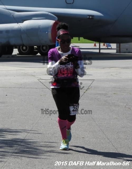 Dover Air Force Base Heritage Half Marathon & 5K<br><br><br><br><a href='http://www.trisportsevents.com/pics/15_DAFB_Half-5K_171.JPG' download='15_DAFB_Half-5K_171.JPG'>Click here to download.</a><Br><a href='http://www.facebook.com/sharer.php?u=http:%2F%2Fwww.trisportsevents.com%2Fpics%2F15_DAFB_Half-5K_171.JPG&t=Dover Air Force Base Heritage Half Marathon & 5K' target='_blank'><img src='images/fb_share.png' width='100'></a>
