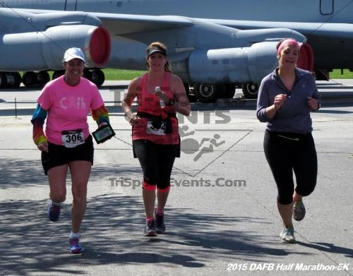 Dover Air Force Base Heritage Half Marathon & 5K<br><br><br><br><a href='http://www.trisportsevents.com/pics/15_DAFB_Half-5K_173.JPG' download='15_DAFB_Half-5K_173.JPG'>Click here to download.</a><Br><a href='http://www.facebook.com/sharer.php?u=http:%2F%2Fwww.trisportsevents.com%2Fpics%2F15_DAFB_Half-5K_173.JPG&t=Dover Air Force Base Heritage Half Marathon & 5K' target='_blank'><img src='images/fb_share.png' width='100'></a>