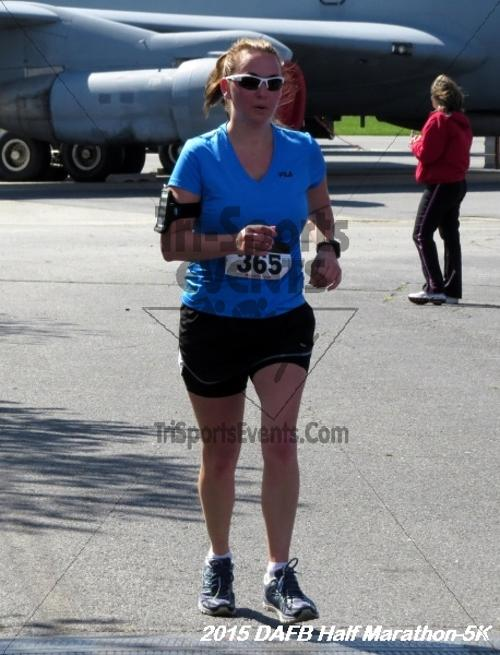 Dover Air Force Base Heritage Half Marathon & 5K<br><br><br><br><a href='http://www.trisportsevents.com/pics/15_DAFB_Half-5K_178.JPG' download='15_DAFB_Half-5K_178.JPG'>Click here to download.</a><Br><a href='http://www.facebook.com/sharer.php?u=http:%2F%2Fwww.trisportsevents.com%2Fpics%2F15_DAFB_Half-5K_178.JPG&t=Dover Air Force Base Heritage Half Marathon & 5K' target='_blank'><img src='images/fb_share.png' width='100'></a>