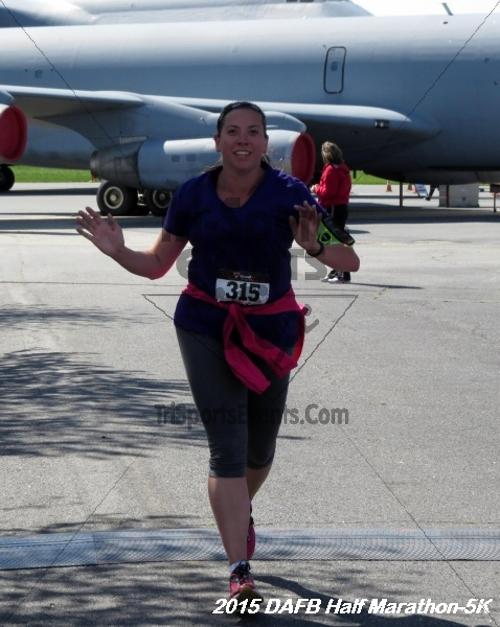 Dover Air Force Base Heritage Half Marathon & 5K<br><br><br><br><a href='http://www.trisportsevents.com/pics/15_DAFB_Half-5K_182.JPG' download='15_DAFB_Half-5K_182.JPG'>Click here to download.</a><Br><a href='http://www.facebook.com/sharer.php?u=http:%2F%2Fwww.trisportsevents.com%2Fpics%2F15_DAFB_Half-5K_182.JPG&t=Dover Air Force Base Heritage Half Marathon & 5K' target='_blank'><img src='images/fb_share.png' width='100'></a>