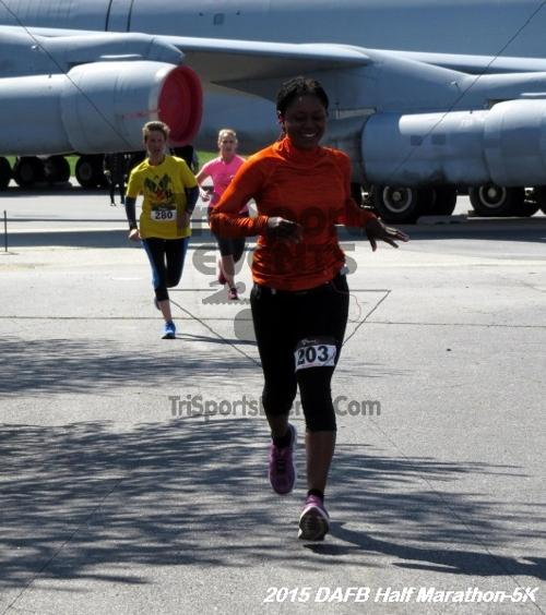 Dover Air Force Base Heritage Half Marathon & 5K<br><br><br><br><a href='http://www.trisportsevents.com/pics/15_DAFB_Half-5K_185.JPG' download='15_DAFB_Half-5K_185.JPG'>Click here to download.</a><Br><a href='http://www.facebook.com/sharer.php?u=http:%2F%2Fwww.trisportsevents.com%2Fpics%2F15_DAFB_Half-5K_185.JPG&t=Dover Air Force Base Heritage Half Marathon & 5K' target='_blank'><img src='images/fb_share.png' width='100'></a>