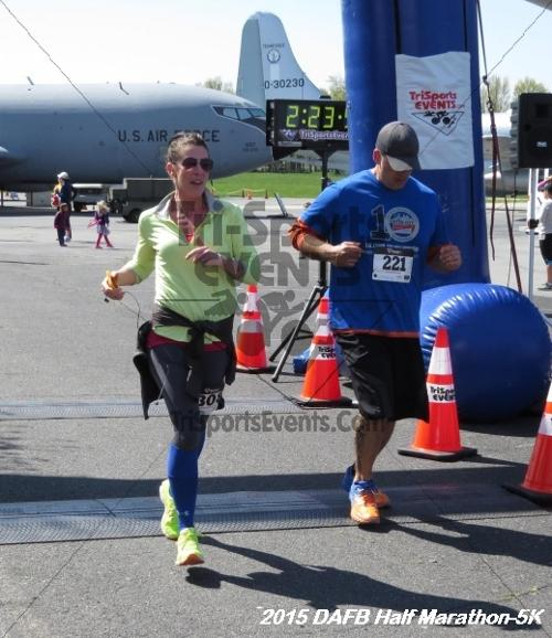 Dover Air Force Base Heritage Half Marathon & 5K<br><br><br><br><a href='http://www.trisportsevents.com/pics/15_DAFB_Half-5K_188.JPG' download='15_DAFB_Half-5K_188.JPG'>Click here to download.</a><Br><a href='http://www.facebook.com/sharer.php?u=http:%2F%2Fwww.trisportsevents.com%2Fpics%2F15_DAFB_Half-5K_188.JPG&t=Dover Air Force Base Heritage Half Marathon & 5K' target='_blank'><img src='images/fb_share.png' width='100'></a>