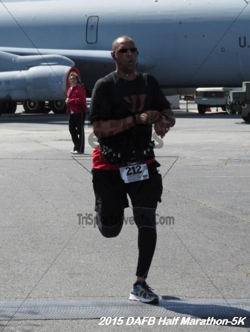 Dover Air Force Base Heritage Half Marathon & 5K<br><br><br><br><a href='http://www.trisportsevents.com/pics/15_DAFB_Half-5K_193.JPG' download='15_DAFB_Half-5K_193.JPG'>Click here to download.</a><Br><a href='http://www.facebook.com/sharer.php?u=http:%2F%2Fwww.trisportsevents.com%2Fpics%2F15_DAFB_Half-5K_193.JPG&t=Dover Air Force Base Heritage Half Marathon & 5K' target='_blank'><img src='images/fb_share.png' width='100'></a>