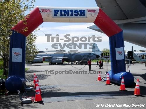 Dover Air Force Base Heritage Half Marathon & 5K<br><br><br><br><a href='http://www.trisportsevents.com/pics/15_DAFB_Half-5K_255.JPG' download='15_DAFB_Half-5K_255.JPG'>Click here to download.</a><Br><a href='http://www.facebook.com/sharer.php?u=http:%2F%2Fwww.trisportsevents.com%2Fpics%2F15_DAFB_Half-5K_255.JPG&t=Dover Air Force Base Heritage Half Marathon & 5K' target='_blank'><img src='images/fb_share.png' width='100'></a>