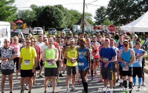 Delaware Pharmacy 5K - In Memory of Don Holst<br><br><br><br><a href='https://www.trisportsevents.com/pics/15_Delaware_Pharmacy_5K_012.JPG' download='15_Delaware_Pharmacy_5K_012.JPG'>Click here to download.</a><Br><a href='http://www.facebook.com/sharer.php?u=http:%2F%2Fwww.trisportsevents.com%2Fpics%2F15_Delaware_Pharmacy_5K_012.JPG&t=Delaware Pharmacy 5K - In Memory of Don Holst' target='_blank'><img src='images/fb_share.png' width='100'></a>