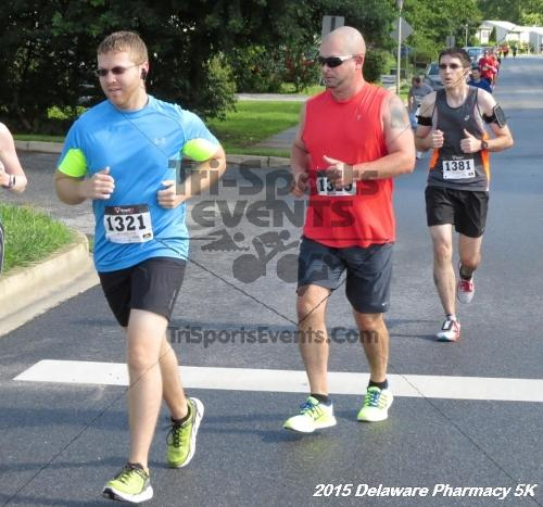 Delaware Pharmacy 5K - In Memory of Don Holst<br><br><br><br><a href='https://www.trisportsevents.com/pics/15_Delaware_Pharmacy_5K_026.JPG' download='15_Delaware_Pharmacy_5K_026.JPG'>Click here to download.</a><Br><a href='http://www.facebook.com/sharer.php?u=http:%2F%2Fwww.trisportsevents.com%2Fpics%2F15_Delaware_Pharmacy_5K_026.JPG&t=Delaware Pharmacy 5K - In Memory of Don Holst' target='_blank'><img src='images/fb_share.png' width='100'></a>