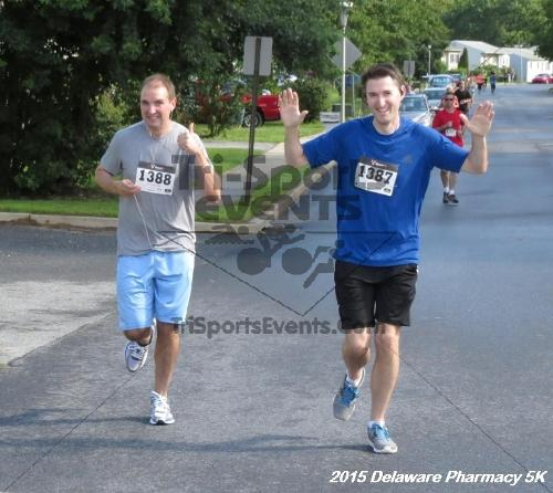 Delaware Pharmacy 5K - In Memory of Don Holst<br><br><br><br><a href='https://www.trisportsevents.com/pics/15_Delaware_Pharmacy_5K_028.JPG' download='15_Delaware_Pharmacy_5K_028.JPG'>Click here to download.</a><Br><a href='http://www.facebook.com/sharer.php?u=http:%2F%2Fwww.trisportsevents.com%2Fpics%2F15_Delaware_Pharmacy_5K_028.JPG&t=Delaware Pharmacy 5K - In Memory of Don Holst' target='_blank'><img src='images/fb_share.png' width='100'></a>
