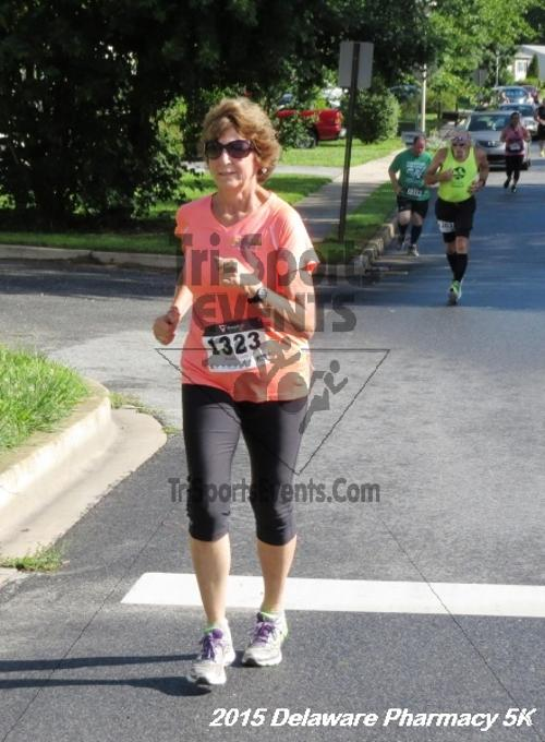 Delaware Pharmacy 5K - In Memory of Don Holst<br><br><br><br><a href='https://www.trisportsevents.com/pics/15_Delaware_Pharmacy_5K_038.JPG' download='15_Delaware_Pharmacy_5K_038.JPG'>Click here to download.</a><Br><a href='http://www.facebook.com/sharer.php?u=http:%2F%2Fwww.trisportsevents.com%2Fpics%2F15_Delaware_Pharmacy_5K_038.JPG&t=Delaware Pharmacy 5K - In Memory of Don Holst' target='_blank'><img src='images/fb_share.png' width='100'></a>