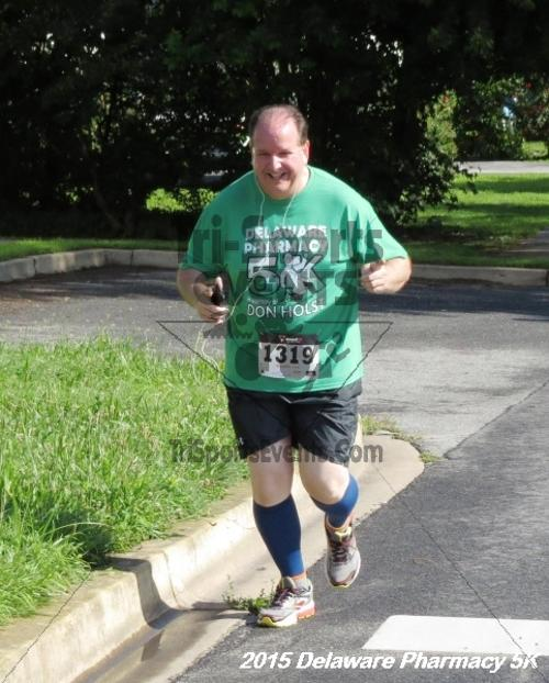 Delaware Pharmacy 5K - In Memory of Don Holst<br><br><br><br><a href='https://www.trisportsevents.com/pics/15_Delaware_Pharmacy_5K_040.JPG' download='15_Delaware_Pharmacy_5K_040.JPG'>Click here to download.</a><Br><a href='http://www.facebook.com/sharer.php?u=http:%2F%2Fwww.trisportsevents.com%2Fpics%2F15_Delaware_Pharmacy_5K_040.JPG&t=Delaware Pharmacy 5K - In Memory of Don Holst' target='_blank'><img src='images/fb_share.png' width='100'></a>
