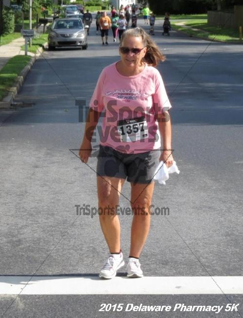 Delaware Pharmacy 5K - In Memory of Don Holst<br><br><br><br><a href='https://www.trisportsevents.com/pics/15_Delaware_Pharmacy_5K_059.JPG' download='15_Delaware_Pharmacy_5K_059.JPG'>Click here to download.</a><Br><a href='http://www.facebook.com/sharer.php?u=http:%2F%2Fwww.trisportsevents.com%2Fpics%2F15_Delaware_Pharmacy_5K_059.JPG&t=Delaware Pharmacy 5K - In Memory of Don Holst' target='_blank'><img src='images/fb_share.png' width='100'></a>