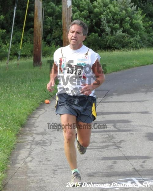 Delaware Pharmacy 5K - In Memory of Don Holst<br><br><br><br><a href='https://www.trisportsevents.com/pics/15_Delaware_Pharmacy_5K_077.JPG' download='15_Delaware_Pharmacy_5K_077.JPG'>Click here to download.</a><Br><a href='http://www.facebook.com/sharer.php?u=http:%2F%2Fwww.trisportsevents.com%2Fpics%2F15_Delaware_Pharmacy_5K_077.JPG&t=Delaware Pharmacy 5K - In Memory of Don Holst' target='_blank'><img src='images/fb_share.png' width='100'></a>