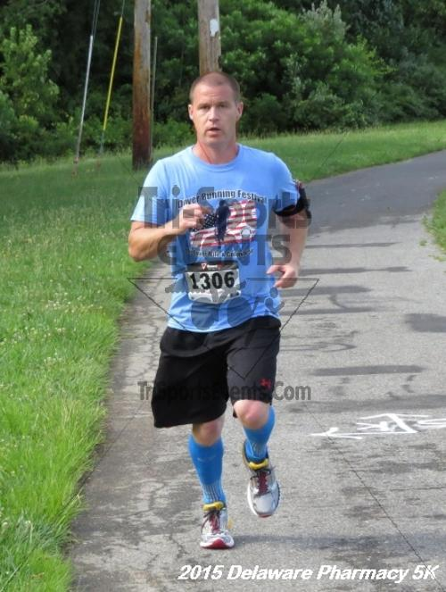 Delaware Pharmacy 5K - In Memory of Don Holst<br><br><br><br><a href='https://www.trisportsevents.com/pics/15_Delaware_Pharmacy_5K_083.JPG' download='15_Delaware_Pharmacy_5K_083.JPG'>Click here to download.</a><Br><a href='http://www.facebook.com/sharer.php?u=http:%2F%2Fwww.trisportsevents.com%2Fpics%2F15_Delaware_Pharmacy_5K_083.JPG&t=Delaware Pharmacy 5K - In Memory of Don Holst' target='_blank'><img src='images/fb_share.png' width='100'></a>