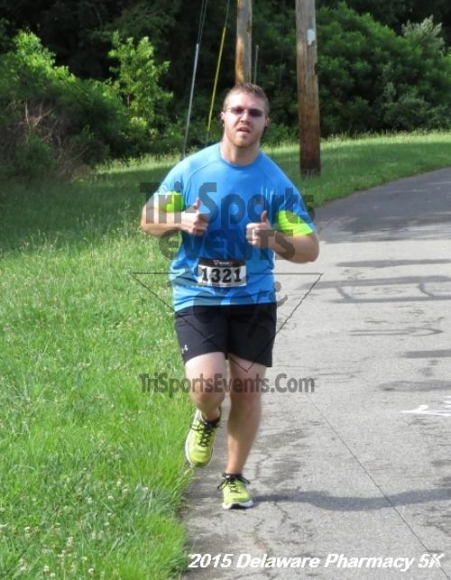 Delaware Pharmacy 5K - In Memory of Don Holst<br><br><br><br><a href='https://www.trisportsevents.com/pics/15_Delaware_Pharmacy_5K_090.JPG' download='15_Delaware_Pharmacy_5K_090.JPG'>Click here to download.</a><Br><a href='http://www.facebook.com/sharer.php?u=http:%2F%2Fwww.trisportsevents.com%2Fpics%2F15_Delaware_Pharmacy_5K_090.JPG&t=Delaware Pharmacy 5K - In Memory of Don Holst' target='_blank'><img src='images/fb_share.png' width='100'></a>