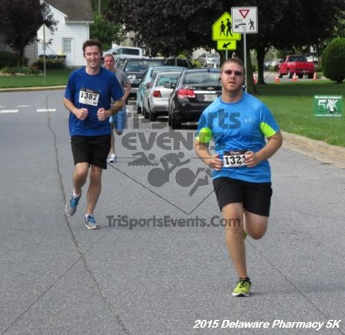 Delaware Pharmacy 5K - In Memory of Don Holst<br><br><br><br><a href='https://www.trisportsevents.com/pics/15_Delaware_Pharmacy_5K_098.JPG' download='15_Delaware_Pharmacy_5K_098.JPG'>Click here to download.</a><Br><a href='http://www.facebook.com/sharer.php?u=http:%2F%2Fwww.trisportsevents.com%2Fpics%2F15_Delaware_Pharmacy_5K_098.JPG&t=Delaware Pharmacy 5K - In Memory of Don Holst' target='_blank'><img src='images/fb_share.png' width='100'></a>