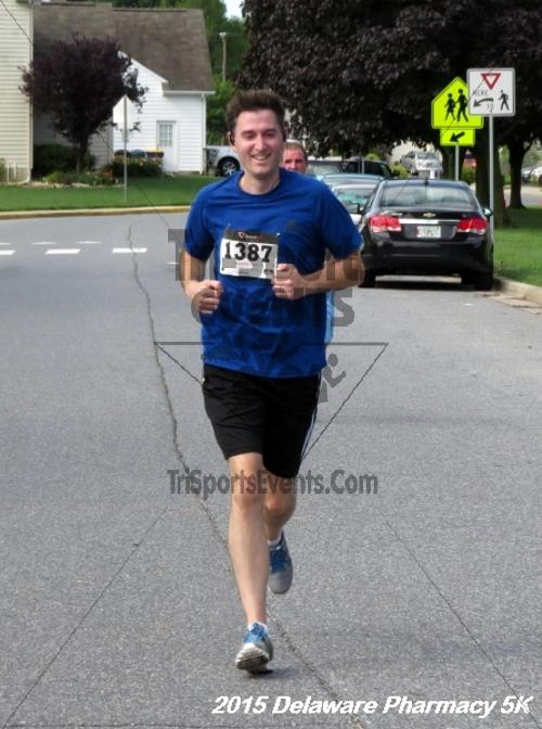 Delaware Pharmacy 5K - In Memory of Don Holst<br><br><br><br><a href='https://www.trisportsevents.com/pics/15_Delaware_Pharmacy_5K_099.JPG' download='15_Delaware_Pharmacy_5K_099.JPG'>Click here to download.</a><Br><a href='http://www.facebook.com/sharer.php?u=http:%2F%2Fwww.trisportsevents.com%2Fpics%2F15_Delaware_Pharmacy_5K_099.JPG&t=Delaware Pharmacy 5K - In Memory of Don Holst' target='_blank'><img src='images/fb_share.png' width='100'></a>