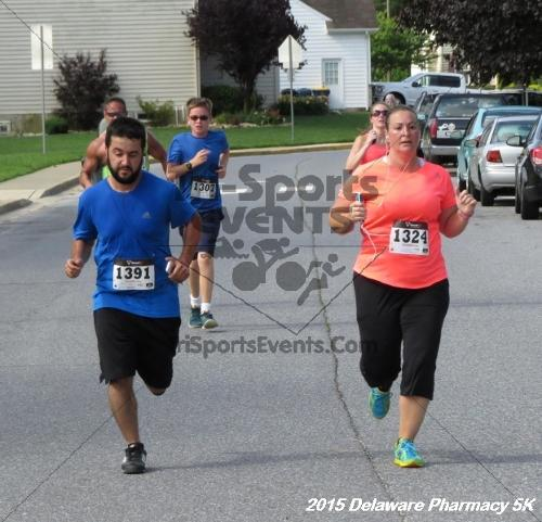 Delaware Pharmacy 5K - In Memory of Don Holst<br><br><br><br><a href='https://www.trisportsevents.com/pics/15_Delaware_Pharmacy_5K_108.JPG' download='15_Delaware_Pharmacy_5K_108.JPG'>Click here to download.</a><Br><a href='http://www.facebook.com/sharer.php?u=http:%2F%2Fwww.trisportsevents.com%2Fpics%2F15_Delaware_Pharmacy_5K_108.JPG&t=Delaware Pharmacy 5K - In Memory of Don Holst' target='_blank'><img src='images/fb_share.png' width='100'></a>