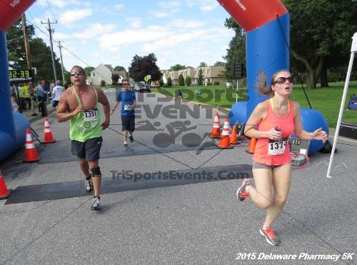 Delaware Pharmacy 5K - In Memory of Don Holst<br><br><br><br><a href='https://www.trisportsevents.com/pics/15_Delaware_Pharmacy_5K_109.JPG' download='15_Delaware_Pharmacy_5K_109.JPG'>Click here to download.</a><Br><a href='http://www.facebook.com/sharer.php?u=http:%2F%2Fwww.trisportsevents.com%2Fpics%2F15_Delaware_Pharmacy_5K_109.JPG&t=Delaware Pharmacy 5K - In Memory of Don Holst' target='_blank'><img src='images/fb_share.png' width='100'></a>