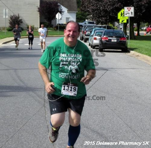 Delaware Pharmacy 5K - In Memory of Don Holst<br><br><br><br><a href='https://www.trisportsevents.com/pics/15_Delaware_Pharmacy_5K_117.JPG' download='15_Delaware_Pharmacy_5K_117.JPG'>Click here to download.</a><Br><a href='http://www.facebook.com/sharer.php?u=http:%2F%2Fwww.trisportsevents.com%2Fpics%2F15_Delaware_Pharmacy_5K_117.JPG&t=Delaware Pharmacy 5K - In Memory of Don Holst' target='_blank'><img src='images/fb_share.png' width='100'></a>