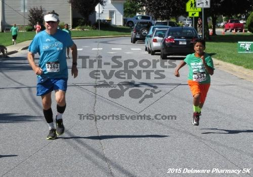 Delaware Pharmacy 5K - In Memory of Don Holst<br><br><br><br><a href='https://www.trisportsevents.com/pics/15_Delaware_Pharmacy_5K_138.JPG' download='15_Delaware_Pharmacy_5K_138.JPG'>Click here to download.</a><Br><a href='http://www.facebook.com/sharer.php?u=http:%2F%2Fwww.trisportsevents.com%2Fpics%2F15_Delaware_Pharmacy_5K_138.JPG&t=Delaware Pharmacy 5K - In Memory of Don Holst' target='_blank'><img src='images/fb_share.png' width='100'></a>