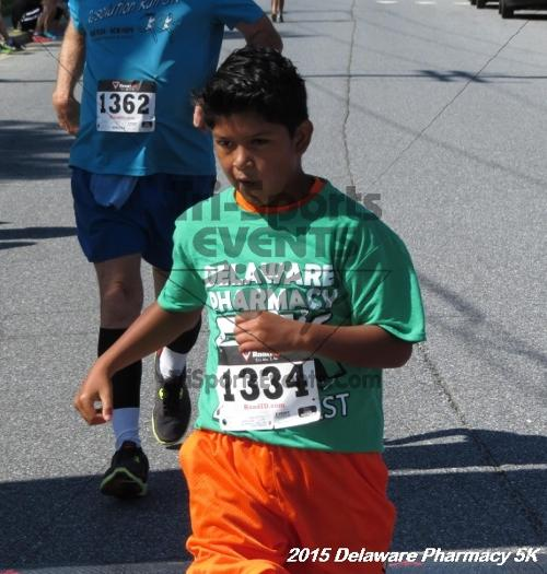 Delaware Pharmacy 5K - In Memory of Don Holst<br><br><br><br><a href='https://www.trisportsevents.com/pics/15_Delaware_Pharmacy_5K_139.JPG' download='15_Delaware_Pharmacy_5K_139.JPG'>Click here to download.</a><Br><a href='http://www.facebook.com/sharer.php?u=http:%2F%2Fwww.trisportsevents.com%2Fpics%2F15_Delaware_Pharmacy_5K_139.JPG&t=Delaware Pharmacy 5K - In Memory of Don Holst' target='_blank'><img src='images/fb_share.png' width='100'></a>