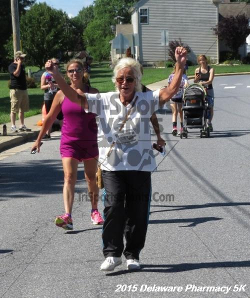 Delaware Pharmacy 5K - In Memory of Don Holst<br><br><br><br><a href='https://www.trisportsevents.com/pics/15_Delaware_Pharmacy_5K_154.JPG' download='15_Delaware_Pharmacy_5K_154.JPG'>Click here to download.</a><Br><a href='http://www.facebook.com/sharer.php?u=http:%2F%2Fwww.trisportsevents.com%2Fpics%2F15_Delaware_Pharmacy_5K_154.JPG&t=Delaware Pharmacy 5K - In Memory of Don Holst' target='_blank'><img src='images/fb_share.png' width='100'></a>