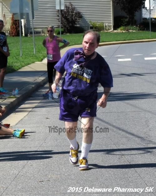 Delaware Pharmacy 5K - In Memory of Don Holst<br><br><br><br><a href='https://www.trisportsevents.com/pics/15_Delaware_Pharmacy_5K_156.JPG' download='15_Delaware_Pharmacy_5K_156.JPG'>Click here to download.</a><Br><a href='http://www.facebook.com/sharer.php?u=http:%2F%2Fwww.trisportsevents.com%2Fpics%2F15_Delaware_Pharmacy_5K_156.JPG&t=Delaware Pharmacy 5K - In Memory of Don Holst' target='_blank'><img src='images/fb_share.png' width='100'></a>