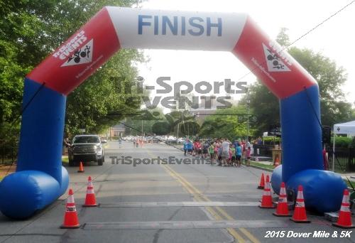Dover Running Festival Mile and 5K Run/Walk<br><br><br><br><a href='https://www.trisportsevents.com/pics/15_Dover_Mile-5K_039.JPG' download='15_Dover_Mile-5K_039.JPG'>Click here to download.</a><Br><a href='http://www.facebook.com/sharer.php?u=http:%2F%2Fwww.trisportsevents.com%2Fpics%2F15_Dover_Mile-5K_039.JPG&t=Dover Running Festival Mile and 5K Run/Walk' target='_blank'><img src='images/fb_share.png' width='100'></a>
