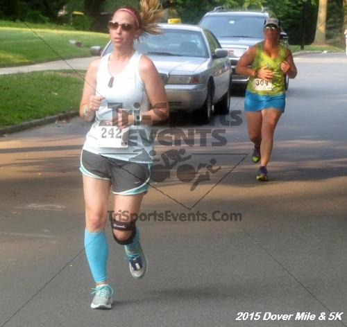 Dover Running Festival Mile and 5K Run/Walk<br><br><br><br><a href='https://www.trisportsevents.com/pics/15_Dover_Mile-5K_071.JPG' download='15_Dover_Mile-5K_071.JPG'>Click here to download.</a><Br><a href='http://www.facebook.com/sharer.php?u=http:%2F%2Fwww.trisportsevents.com%2Fpics%2F15_Dover_Mile-5K_071.JPG&t=Dover Running Festival Mile and 5K Run/Walk' target='_blank'><img src='images/fb_share.png' width='100'></a>
