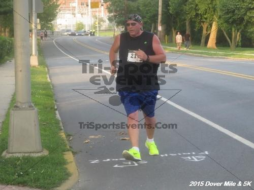Dover Running Festival Mile and 5K Run/Walk<br><br><br><br><a href='https://www.trisportsevents.com/pics/15_Dover_Mile-5K_119.JPG' download='15_Dover_Mile-5K_119.JPG'>Click here to download.</a><Br><a href='http://www.facebook.com/sharer.php?u=http:%2F%2Fwww.trisportsevents.com%2Fpics%2F15_Dover_Mile-5K_119.JPG&t=Dover Running Festival Mile and 5K Run/Walk' target='_blank'><img src='images/fb_share.png' width='100'></a>