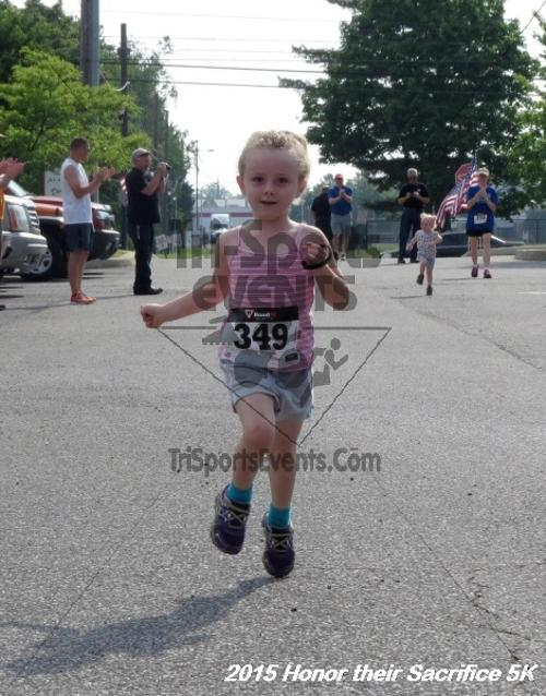 Honor Their Sacrifice 5K<br><br><br><br><a href='https://www.trisportsevents.com/pics/15_Elks_5K_003.JPG' download='15_Elks_5K_003.JPG'>Click here to download.</a><Br><a href='http://www.facebook.com/sharer.php?u=http:%2F%2Fwww.trisportsevents.com%2Fpics%2F15_Elks_5K_003.JPG&t=Honor Their Sacrifice 5K' target='_blank'><img src='images/fb_share.png' width='100'></a>