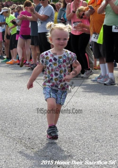 Honor Their Sacrifice 5K<br><br><br><br><a href='http://www.trisportsevents.com/pics/15_Elks_5K_004.JPG' download='15_Elks_5K_004.JPG'>Click here to download.</a><Br><a href='http://www.facebook.com/sharer.php?u=http:%2F%2Fwww.trisportsevents.com%2Fpics%2F15_Elks_5K_004.JPG&t=Honor Their Sacrifice 5K' target='_blank'><img src='images/fb_share.png' width='100'></a>