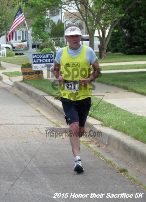 Honor Their Sacrifice 5K<br><br><br><br><a href='http://www.trisportsevents.com/pics/15_Elks_5K_008.JPG' download='15_Elks_5K_008.JPG'>Click here to download.</a><Br><a href='http://www.facebook.com/sharer.php?u=http:%2F%2Fwww.trisportsevents.com%2Fpics%2F15_Elks_5K_008.JPG&t=Honor Their Sacrifice 5K' target='_blank'><img src='images/fb_share.png' width='100'></a>