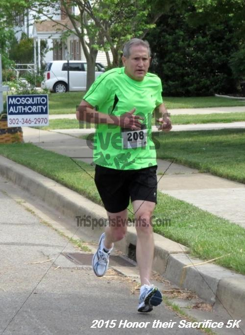 Honor Their Sacrifice 5K<br><br><br><br><a href='http://www.trisportsevents.com/pics/15_Elks_5K_011.JPG' download='15_Elks_5K_011.JPG'>Click here to download.</a><Br><a href='http://www.facebook.com/sharer.php?u=http:%2F%2Fwww.trisportsevents.com%2Fpics%2F15_Elks_5K_011.JPG&t=Honor Their Sacrifice 5K' target='_blank'><img src='images/fb_share.png' width='100'></a>