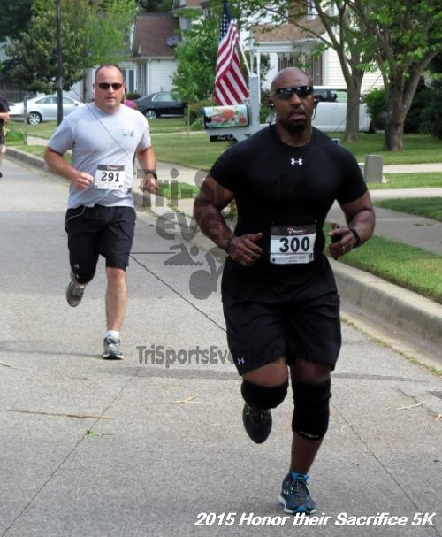 Honor Their Sacrifice 5K<br><br><br><br><a href='https://www.trisportsevents.com/pics/15_Elks_5K_016.JPG' download='15_Elks_5K_016.JPG'>Click here to download.</a><Br><a href='http://www.facebook.com/sharer.php?u=http:%2F%2Fwww.trisportsevents.com%2Fpics%2F15_Elks_5K_016.JPG&t=Honor Their Sacrifice 5K' target='_blank'><img src='images/fb_share.png' width='100'></a>