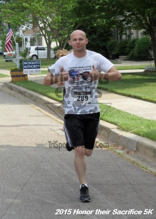 Honor Their Sacrifice 5K<br><br><br><br><a href='http://www.trisportsevents.com/pics/15_Elks_5K_021.JPG' download='15_Elks_5K_021.JPG'>Click here to download.</a><Br><a href='http://www.facebook.com/sharer.php?u=http:%2F%2Fwww.trisportsevents.com%2Fpics%2F15_Elks_5K_021.JPG&t=Honor Their Sacrifice 5K' target='_blank'><img src='images/fb_share.png' width='100'></a>