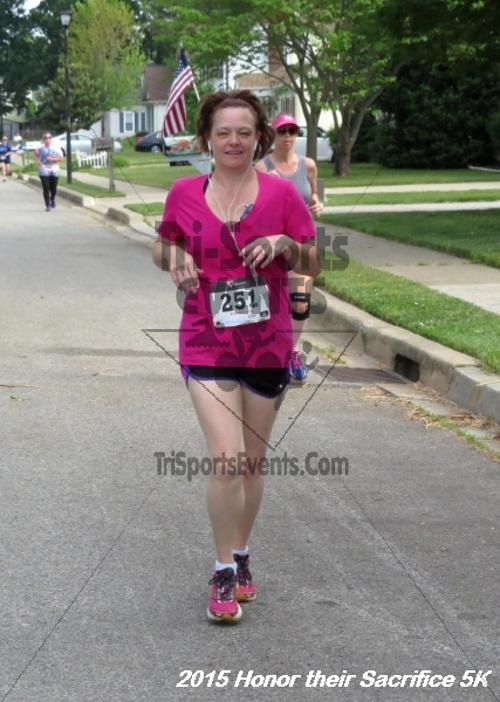 Honor Their Sacrifice 5K<br><br><br><br><a href='http://www.trisportsevents.com/pics/15_Elks_5K_038.JPG' download='15_Elks_5K_038.JPG'>Click here to download.</a><Br><a href='http://www.facebook.com/sharer.php?u=http:%2F%2Fwww.trisportsevents.com%2Fpics%2F15_Elks_5K_038.JPG&t=Honor Their Sacrifice 5K' target='_blank'><img src='images/fb_share.png' width='100'></a>