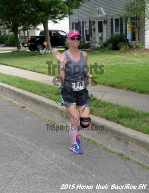 Honor Their Sacrifice 5K<br><br><br><br><a href='http://www.trisportsevents.com/pics/15_Elks_5K_039.JPG' download='15_Elks_5K_039.JPG'>Click here to download.</a><Br><a href='http://www.facebook.com/sharer.php?u=http:%2F%2Fwww.trisportsevents.com%2Fpics%2F15_Elks_5K_039.JPG&t=Honor Their Sacrifice 5K' target='_blank'><img src='images/fb_share.png' width='100'></a>