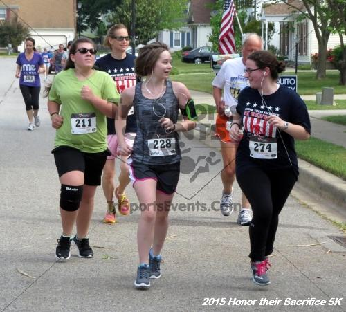 Honor Their Sacrifice 5K<br><br><br><br><a href='https://www.trisportsevents.com/pics/15_Elks_5K_051.JPG' download='15_Elks_5K_051.JPG'>Click here to download.</a><Br><a href='http://www.facebook.com/sharer.php?u=http:%2F%2Fwww.trisportsevents.com%2Fpics%2F15_Elks_5K_051.JPG&t=Honor Their Sacrifice 5K' target='_blank'><img src='images/fb_share.png' width='100'></a>