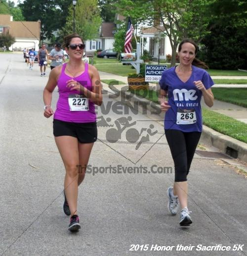 Honor Their Sacrifice 5K<br><br><br><br><a href='http://www.trisportsevents.com/pics/15_Elks_5K_053.JPG' download='15_Elks_5K_053.JPG'>Click here to download.</a><Br><a href='http://www.facebook.com/sharer.php?u=http:%2F%2Fwww.trisportsevents.com%2Fpics%2F15_Elks_5K_053.JPG&t=Honor Their Sacrifice 5K' target='_blank'><img src='images/fb_share.png' width='100'></a>